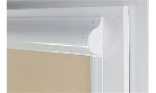 Uni рулонные шторы закрытого типа