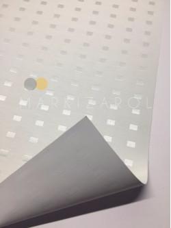 Рулонная штора блэкаут кремовый квадрат
